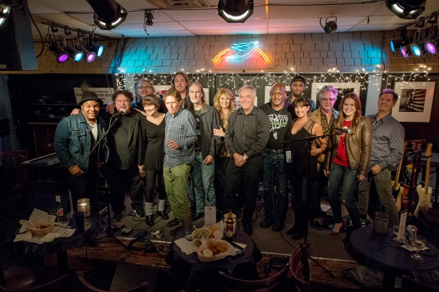 Performers take a bow at the end of the evening. Left to right: Dez Dickerson, Bill Lloyd, Don Henry, Lari White, Tim O'Brien, Ernest Chapman,Hugh Moffat, Linda Davis, Ken Paulson, Joseph Wooten, Jessie Wooten,  Suzi Ragsdale, Danny Flowers, Natalie Noone and Garry Tallent.