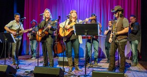 "Americana artists welcome the transition of WMOT-FM to an Americana format by performing ""Sittin' On Top of the World."" The vocalists are, from left to right, Will Hoge, Jim Lauderdale, Suzy Bogguss and Mike Farris. (MTSU photo by J. Intintoli)"