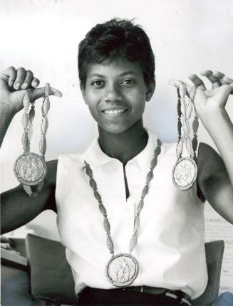 Tigerbelles Wilma Rudolph with medals